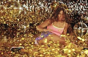 Se første sniktitt på kjendisenes danseferdigheter