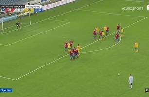 Sportsnyhetene: Ull/Kisa-keeper med utrolig frispark-mål