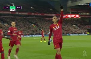 Nydelig langskudd av Fabinho sender Anfield til himmels