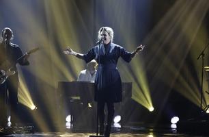 Kristine får stående applaus av Mia Gundersen: – Sinnssykt bra!