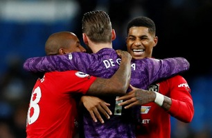 Manchester United rystet City - kontret byrivalen i senk