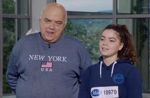 Lisas (15) pappa avbryter Idol-dommerne