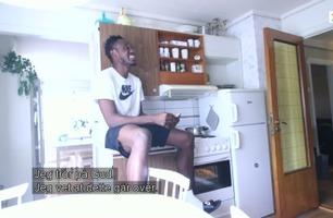 Koronautbruddet har satt fotballspilleren Maduka (22) i en spesiell situasjon