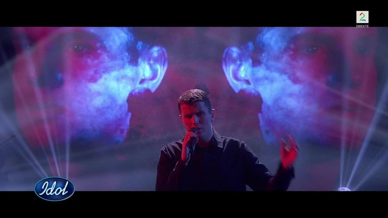 Idol-Øystein fremfører sin nye låt