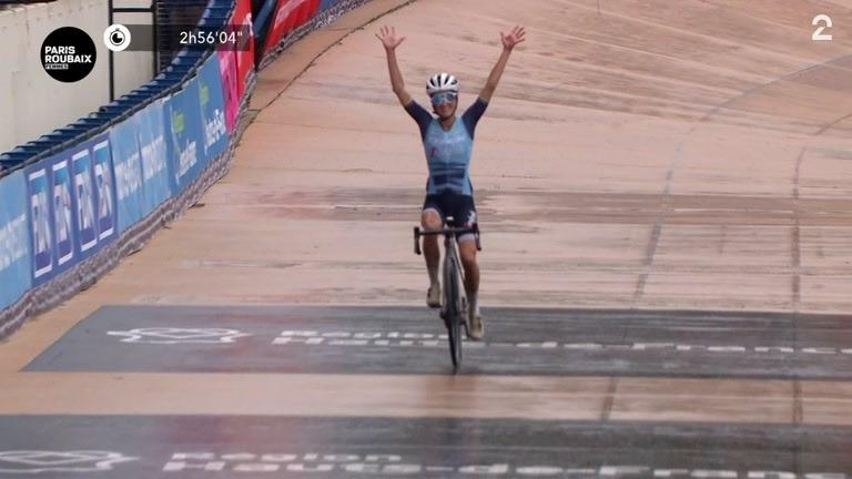 Britisk seier i historisk Paris-Roubaix for kvinnene
