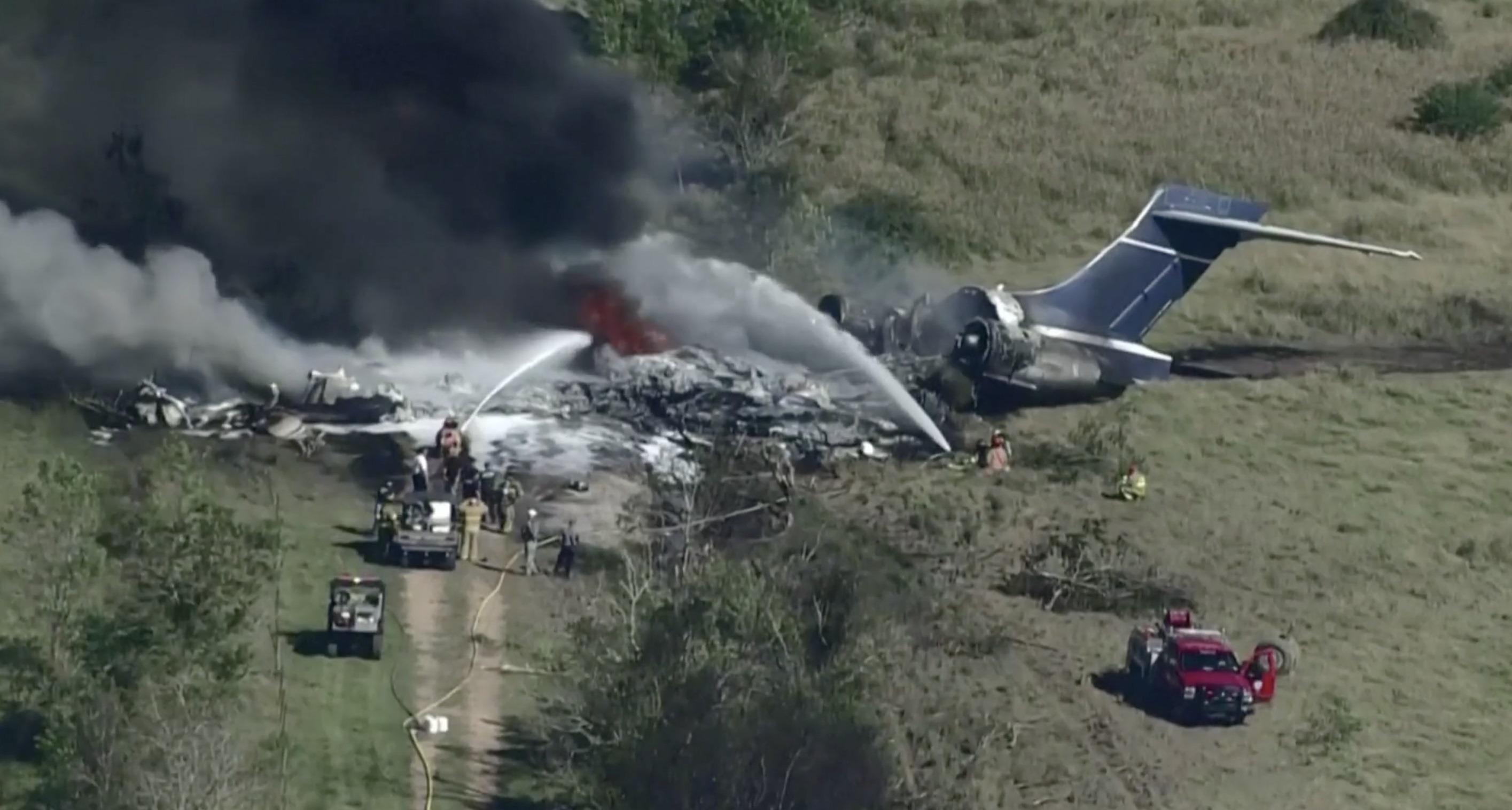 Passasjerfly styrtet i Texas: Se bildene