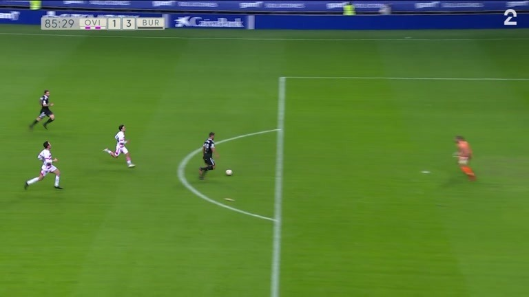 Mål: Claudio (BURG) 1-3 (85)