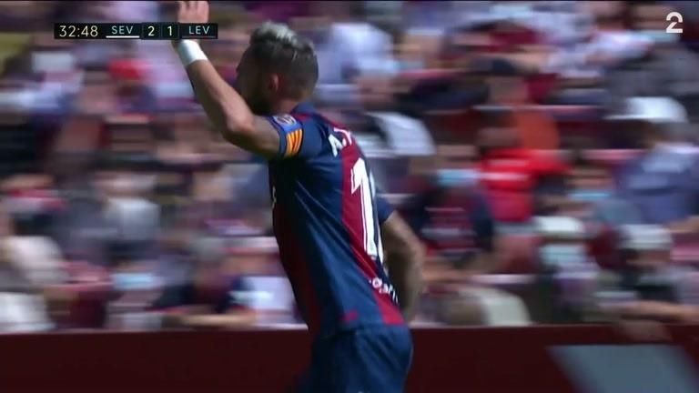 Mål: José Morales (LEV) 2-1 (33)