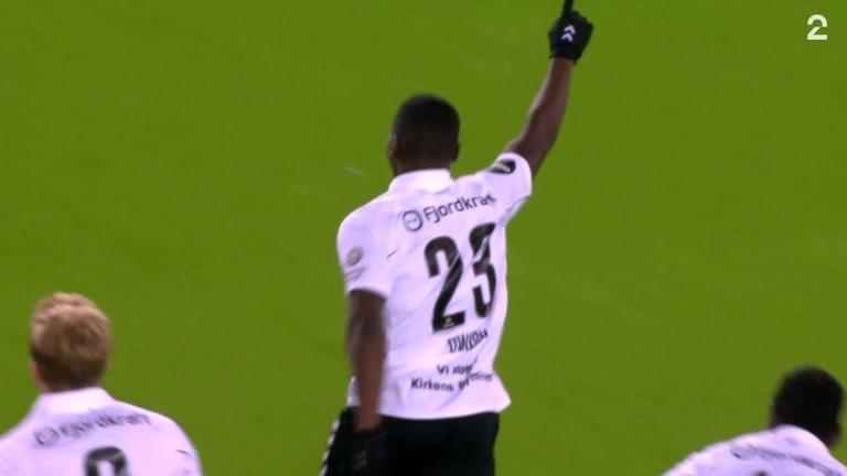Mål: Owusu 3-2 (52)
