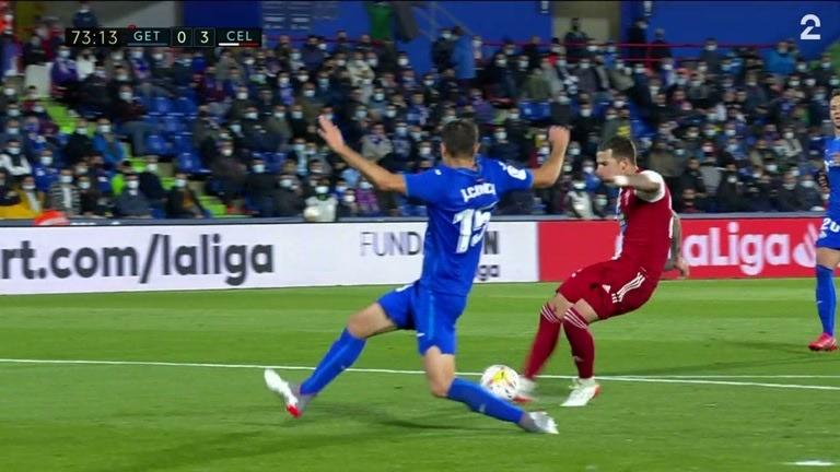Mål: Santi Mina (CELV) 0-3 (73)